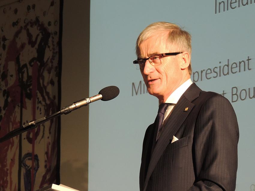 Geert-Bourgeois-Symposium-zorgondernemer-2015
