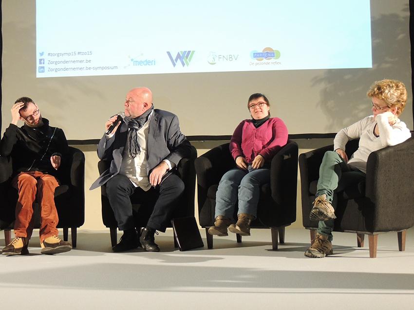 Op-de-sofa-Ronny-Dierendonck_symposium-zorgondernemer_2
